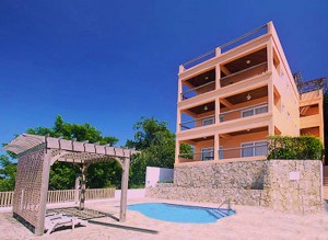 Penthouse Luxury Accommodation in West End Roatan with Ocean views and water views with pool